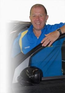 Anton in Autotüre